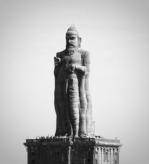 Thiruvalluvaru statue at Kanyakumari, India Statue Sculpture Tiruvalluvar Kanyakumari, Tamil Nadu