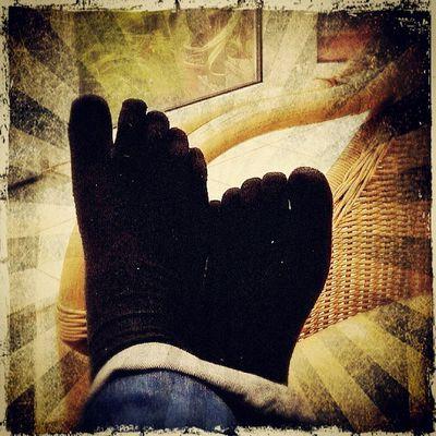 Zehensocken sind sooo genial! Ich liebe sie! / Toesocks are awesome ... i love 'em Heels Dress Berlin Instagood Feet Igersberlin Shoes Igersgermany Cool Styles Fashion Vibram Design Iceworx Pretty Lifeasphoto Stylish Toesocks Outfit Style Foot Socks Edited Photooftheday