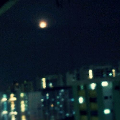 Have u guys see the moon tonite??!! So big round n red!! Beautiful Fullmoon Supermoon