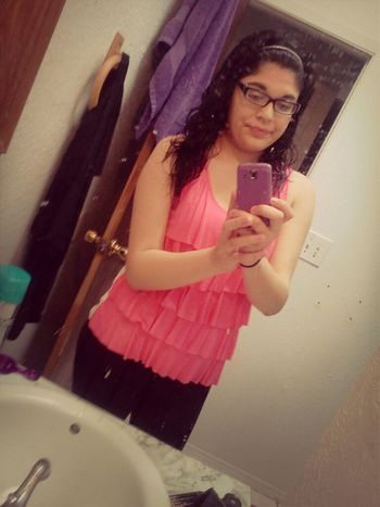 love this pink<33