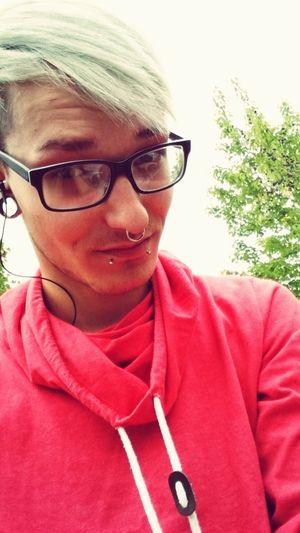 Ichundduwirmachendenhimmelblau Lovehim♡ Loveislove<3 Faces Of EyeEm Whitehairdontcare Pierced That's Me Hairdresser Pictureoftheday German Boy