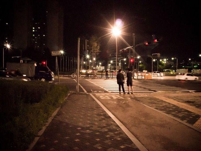 Ricoh GXR Voigtländer color-skopar 21/f4 Taking Photos Night