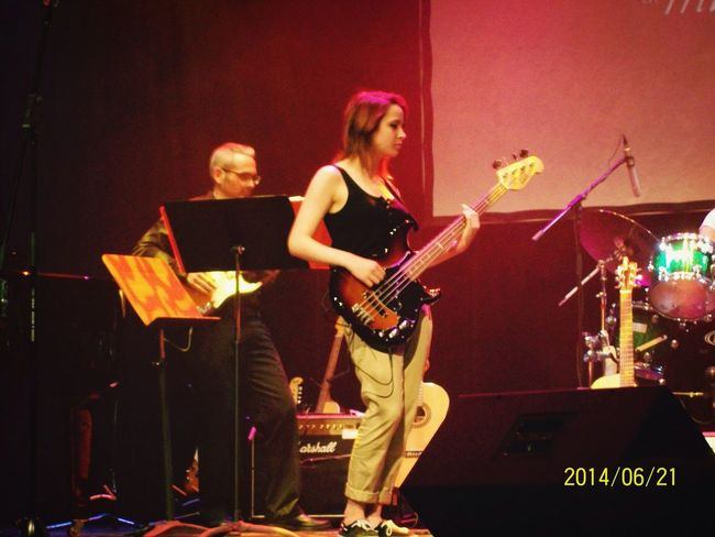 Show Bassist Musician