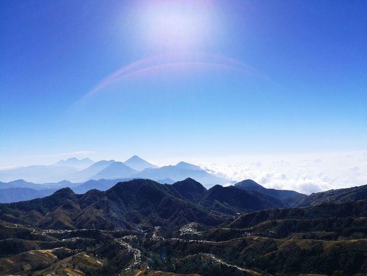 Entre montañas Mountain Mountain Range Landscape Beauty In Nature Scenics Nature Outdoors No People Sky