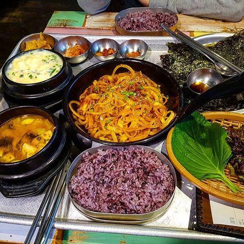 먹스타그램 먹방 먹부림 홍대맛집 미나리식당 맛집 고추장불고기정식 한식