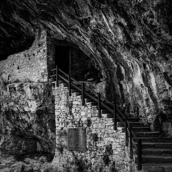 Artefact Cave Caves Decay Escaping Eye4black&white  Eye4photography  EyeEm Best Shots - Black + White EyeEm Masterclass EyeEm Nature Lover FUJIFILM X-T1 Hiking Monochromatic Monochrome No People Outdoors Pyrenees Pyrenees National Park Relic Remains Ruin Run-down Sassi SPAIN Stairs
