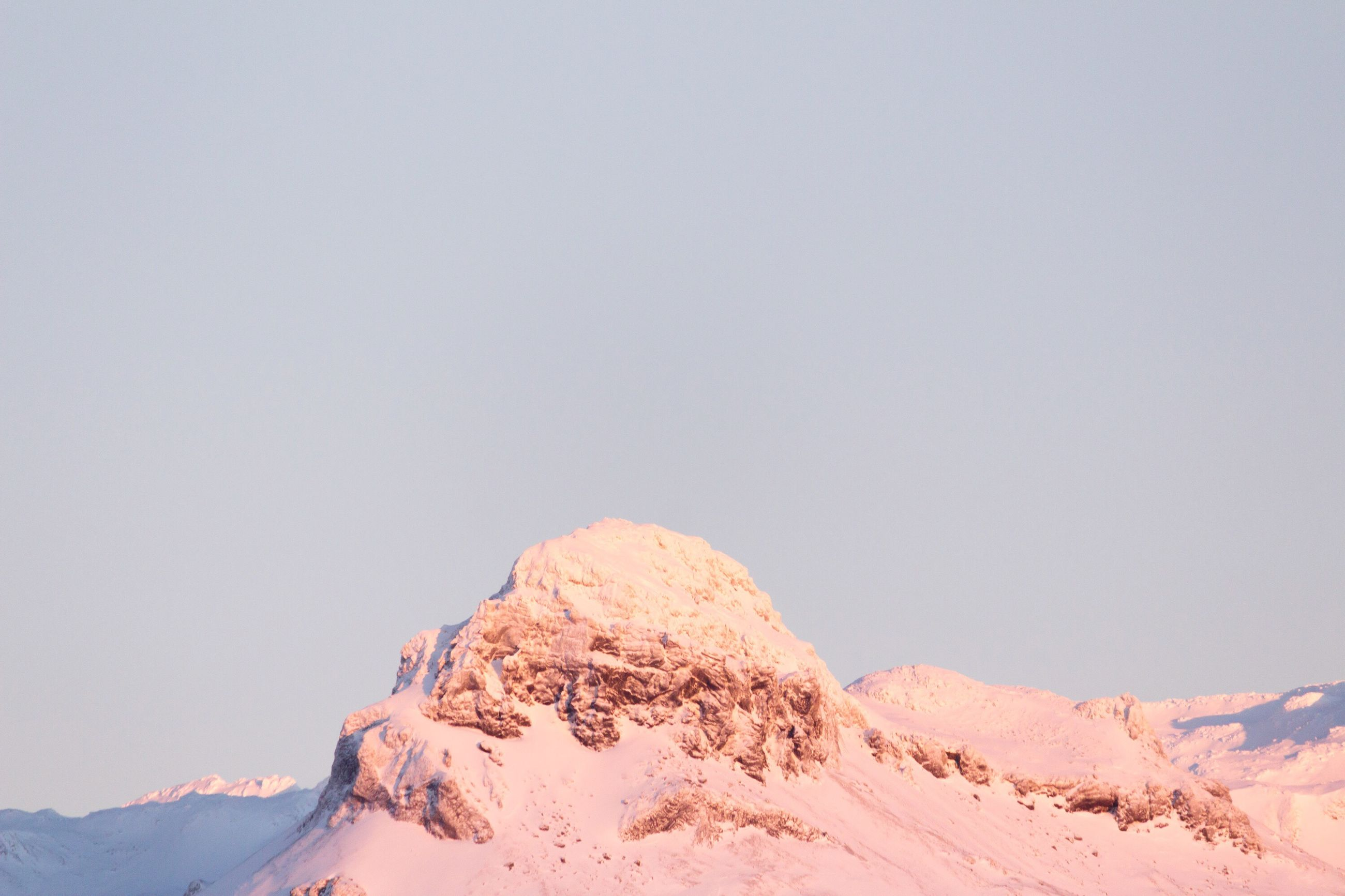 snow, clear sky, tranquility, copy space, tranquil scene, winter, cold temperature, scenics, landscape, mountain, beauty in nature, nature, season, desert, non-urban scene, remote, weather, arid climate, mountain range, outdoors