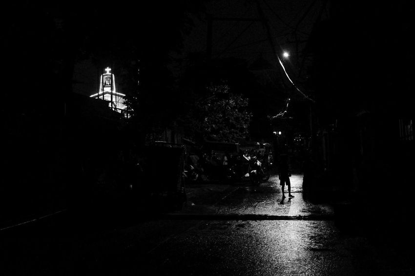 Architecture Built Structure City Illuminated Men Night One Person Outdoors People Photooftheday Photooftheweek Real People Street Street Light Streetphoto_bw Tree Walking