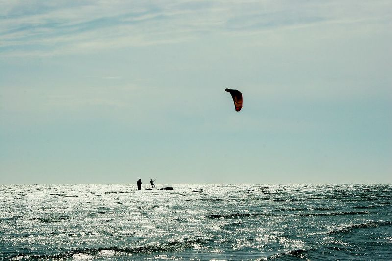 Blue Wave Hanging Out Check This Out Hello World Enjoying Life Taking Photos Kitesurfing Kite Flying