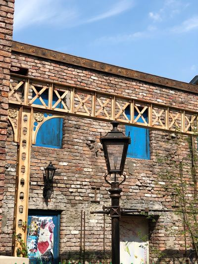 Coronation Street (Behind the Scenes) Lamp Film Set Weatherfield Coronation Street EyeEm Selects Built Structure Architecture Building Exterior Sky Day No People Wall - Building Feature Sunlight Low Angle View Creativity Outdoors Building Graffiti