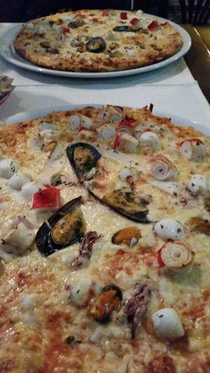 Check This Out Im Hungry! Capture The Moment Eating Pizza SeafoodPizza Yummy At The Restaurant