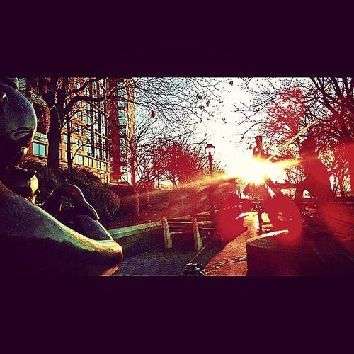 NYC NewYorkMinute Newyorkstateofmind Sunset scenesfromnewyork Manhattan Hudson dontfalldownnow