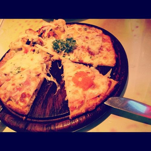 Pizza ! Pizza Yummy Food SpaghettiFactory Cpn Thailand