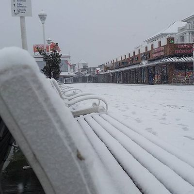 Still snowin'.... Oceancitycool OceanCity Maryland Ocmd Weather Snow