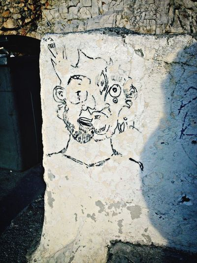 Found Something New I Love This Pic Weird Drawings Streetphotography