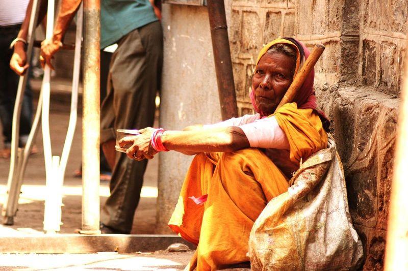 Taking Photos Street Photography Shirdi Hruturaj Zagade Oldwomen Begging Beggar