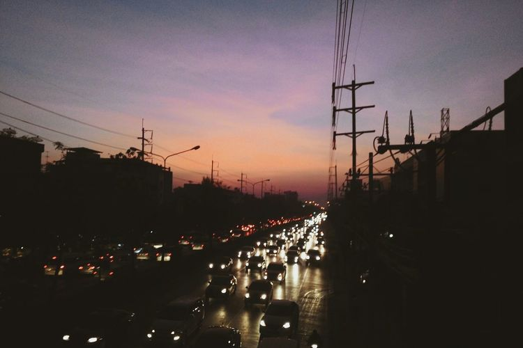 Morning Sky Sunrise View Traffic Streetphotography Photography