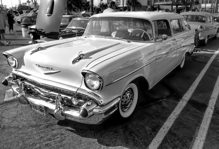 Classic Chevy..... Lgarciaphoto IPhoneography Shot On IPhone Iphoneonly IPhone IPhone 7 Plus Muscle Cars Classic Car Classic Vintage Transportation Car Old-fashioned Land Vehicle Outdoors Stationary Collector's Car Day No People Blackandwhite Black & White Street Photography Streetphoto_bw Urban Geometry Bnw_friday_eyeemchallenge