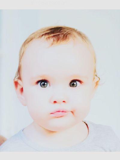 Isn't she just lovely?🌿 Little Lips Photography Blessed  Baby Girl Mia-Zoë Green Eyes Headshot Innocence Love First Eyeem Photo