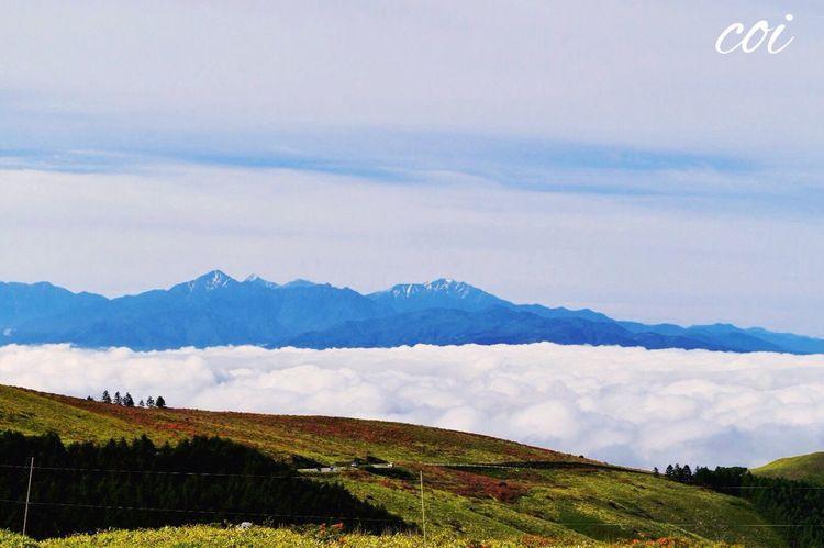 車山高原 絶景 Traveling Beautiful Nature Memories Emeyebestshot 雲海 標高1900m超える高原。北、南、中央アルプスが見える素晴らしいところです。今はヤマツツジが一面に咲き乱れ。大好きなところです。