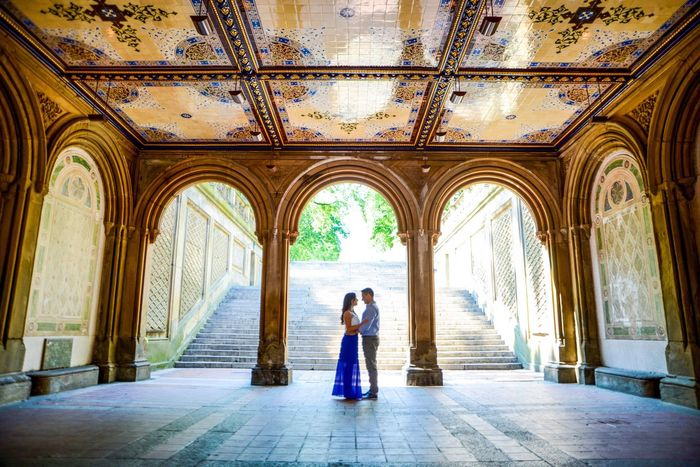 Moments Kiss Valentine's Day  Lovers Travel Arch Day Tourism Sunlight Built Structure Architecture Travel Destinations Standing Central Park New York City New York Architecture Love Long Goodbye