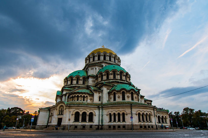 Sofia - transition between day and night. Alexander Nevsky Cathedral, Sofia. Architecture Belief Building Building Exterior Built Structure City Cloud - Sky Dome Government Low Angle View Nature No People Outdoors Place Of Worship Religion Sky Spirituality Tourism Travel Travel Destinations