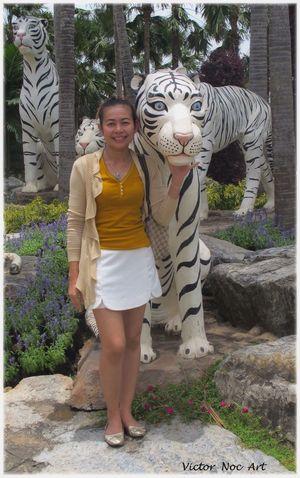 Thailandia 2016 Pattaya City PUI Nong Nooch Tropical Bothanical Garden Victor Noc Art VicNocArt VittNoc VicNoc Vittorio Nocente Park Artfoto Art 👉 Foto Art Photo Pattaya Ragazze Thailandesi 😚 Scatti  Sfumature