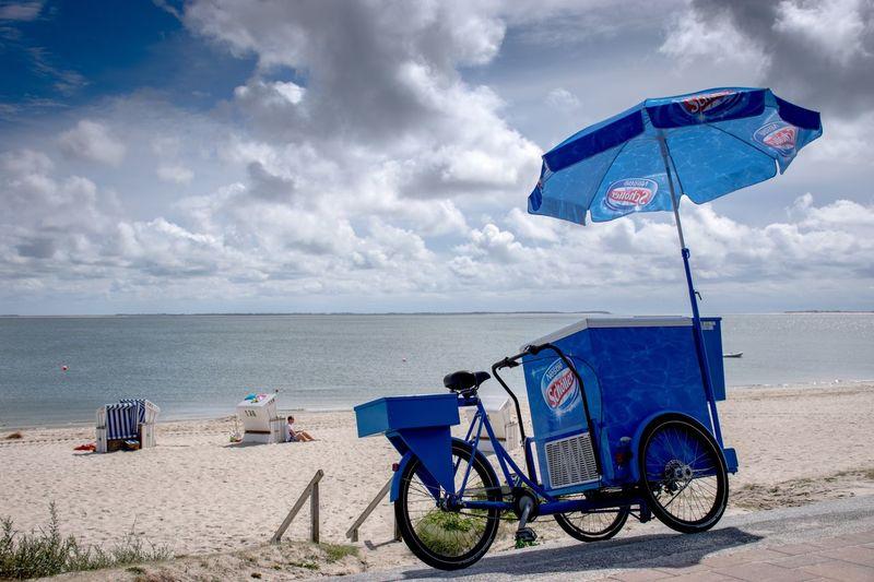Eis am Strand Umbrella Sun Light Schöller Ice Cream Blue Sky Land Beach Sea Water Cloud - Sky Horizon Over Water Outdoors Sand EyeEmNewHere