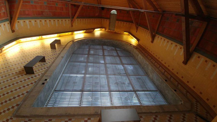 Jean-Baptiste André Godin Architecture Built Structure Day Depth Adjustable Pool Familistere Heritage Building Illuminated Indoors  No People Patrimoine Culturelle Piscine Réglable En Hauteur
