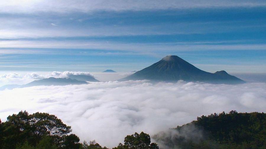 Volcano Cloud -
