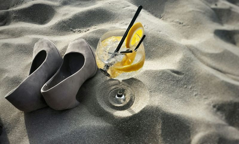 Sunny Afternoon At The Beach Street Food Worldwide High Heels for The Weekend The Great Outdoors With Adobe Have A Drink With Me Gin Tonic Creative Light And Shadow Ladyphotographerofthemonth Beachphotography Life Is A Beach 😄 Let's Go. Together.
