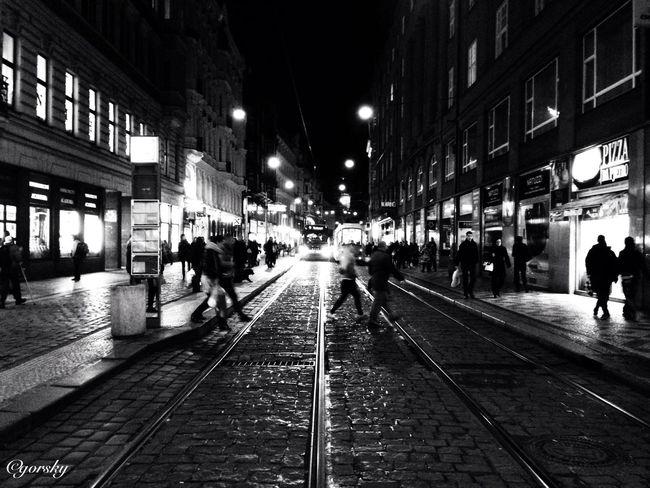 Monopix Streetphotography Shootermag Blackandwhite