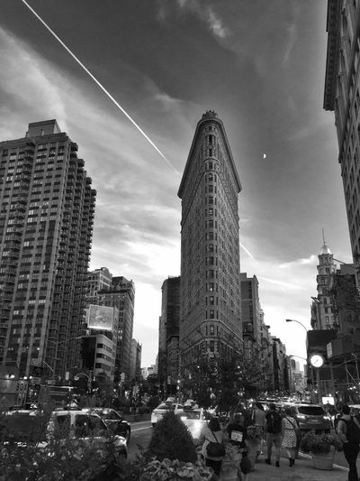 23 Skiddoo Streamzoo Family Tadaa Community Blackandwhite Photography Historical Building 23rd St. NYC Photography Cityscapes Manhattan Twilight