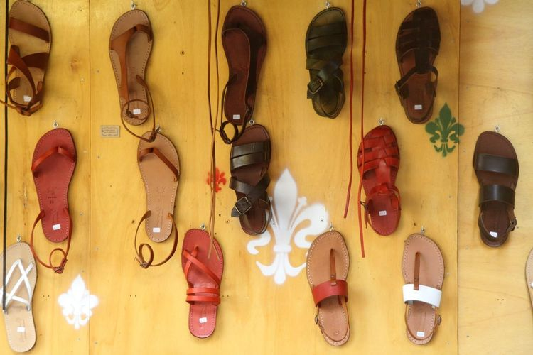 Schoes Sandales  Choice Leather Shoe Variation No People Large Group Of Objects Arrangement Side By Side Still Life In A Row Collection