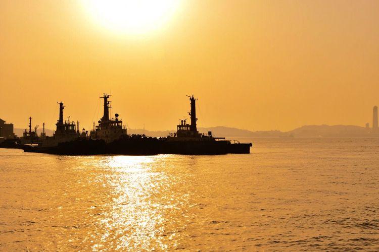 Ship Boat Sea Sea And Sky Sunshine Sunset Sunset_collection Sunsetlover Wonderful Day Enjoying Life 海メッチャ好き ルン♪ ((o'∀'o)) ルン♪