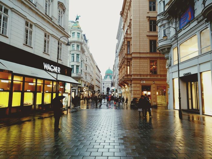 Stephenplatz City City Street Architecture Built Structure Rain Building Exterior Large Group Of People Outdoors People Water Day