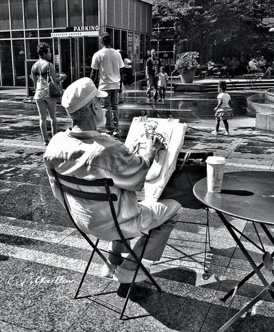 The Human Condition Blackandwhite Photography My Unique Style Expression ExpressYourself Artist Art, Drawing, Creativity Madlovphotography Street Photography Up Close Street Photography My Favorite Photo