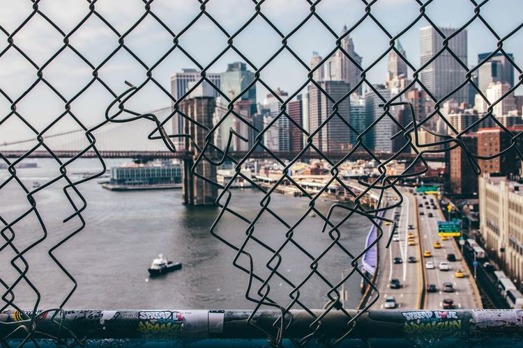 |breaking in New York| The Week on EyeEm Eeyem Photography EyeEmNewHere EyeEm Gallery EyeEm Selects EyeEm EyeEmBestPics EyeEm Masterclass NY NYC NYC Photography NYC Street Photography NYC Street NYC LIFE ♥ Bridge Manhattan Bridge Manhattan City Water Bird Chainlink Fence Sky Architecture Building Exterior Built Structure Visual Creativity The Traveler - 2018 EyeEm Awards My Best Travel Photo