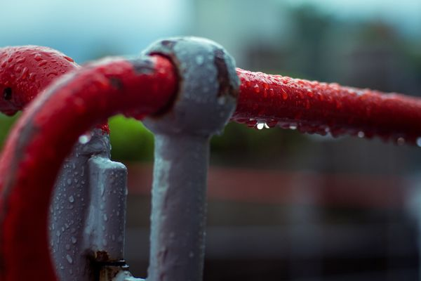 Red Close-up Metal Water No People Drop Outdoors Day Wet Rusty Dripping Photography Canonphotography Piero Hobbyphotography Canon 500d Rain Hobbyphotographer Amateurphotographer  Civilization Water Focus On Foreground Tranquility