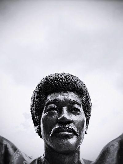 Taking Photos Ishigaki Island Port Statue Face Afro