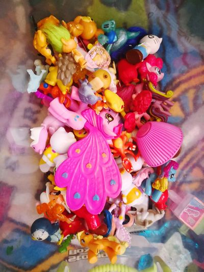 Toys Junk Junkie Kids Small Toys Figurine  Multi Colored Choice Variation High Angle View Close-up Colorful