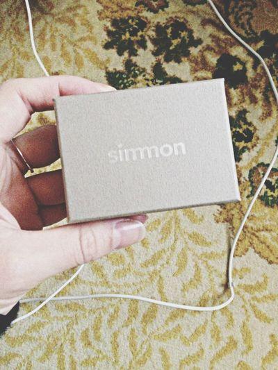 simmonのピアスが届きました