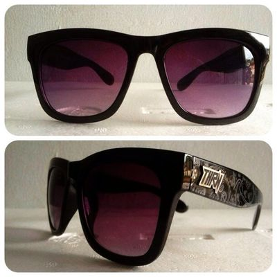Chicano Black , 140K disc 15% for online order. 08990125182 / 237EDE37 . Grabfast! Throne39 Sunglasses