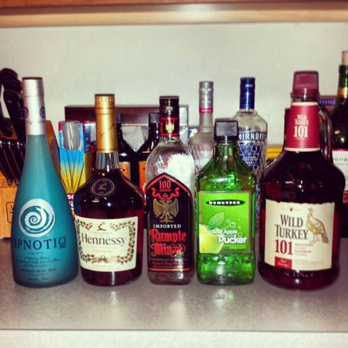Can you say reload? :) Hpnotiq Hennessy Rumple Sourapple PUCKER WildTurkey 101 Gonna make me a Unreadablehulk and Applemartini Party Liquor Weekend Funtimes