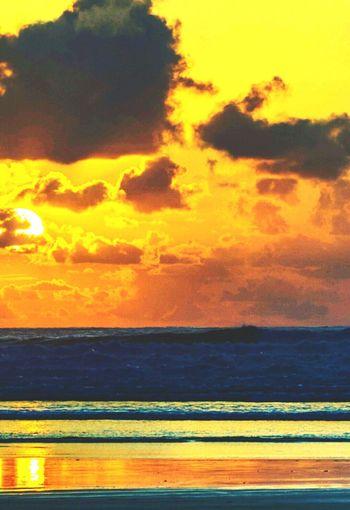MyFirstGoldenMoment Golden Moment Tranquility Beautiful Loveinthesun Beach Ecstacy