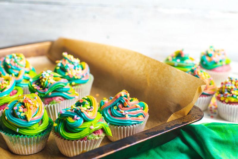 rainbow cupcakes Sweet Rainbow Foodporn Lecker Temptation Pastry Foodblogger Restaurant Cupcake Cupcakes Muffin Snack Food Rainbow Cupcakes  Rainbow Muffins Foosweet Sugar Colorful Colors