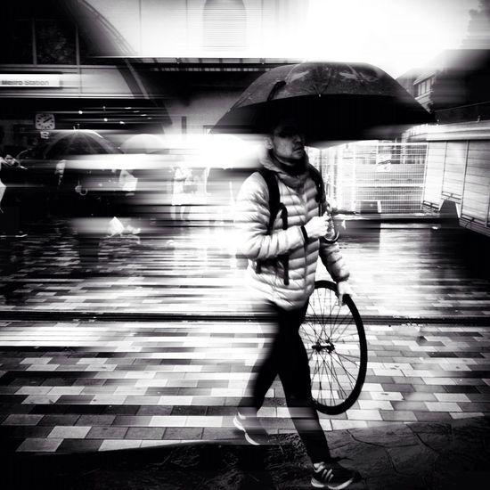 walking at 目白駅 (Mejiro Sta.) Walking