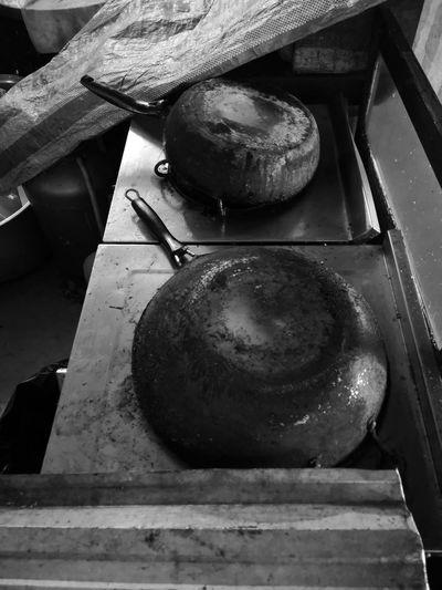 Through the use of hard 😅Burning pan Oven ThailandOnly Night Thailand🇹🇭 Thailand Time To Close Old Pan Kitchen Kitchen Equipments Pan Burn Burn Pan Pan Water Wood - Material Close-up Baking Pan Kitchen Counter Burner - Stove Top Gas Stove Burner Oven Kitchen Sink