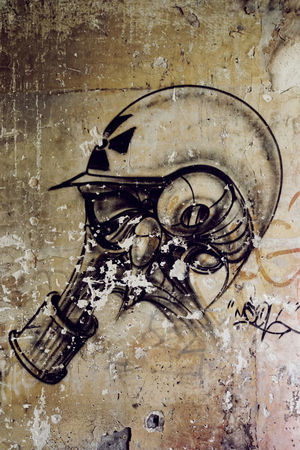 Art Casque Close-up Day Exploration Urbaine Graff Graffiti Indoors  Moth4fok No People Sanatorium Sanatorium Du Vexin Tag Urbex BYOPaper! The Photojournalist - 2017 EyeEm Awards EyeEmNewHere Place Of Heart EyeEm Selects