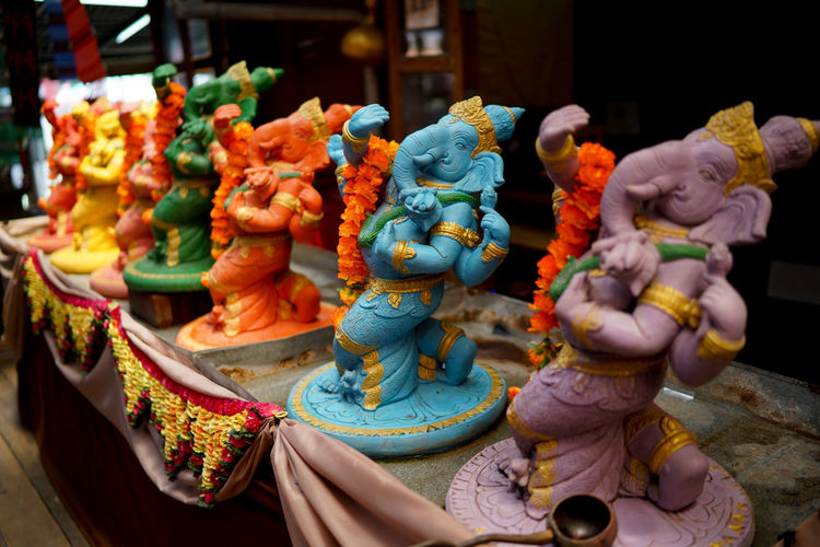 Lord ganesha statues in outdoor market